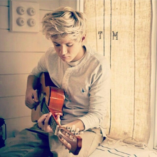 Niall Horan. Up All Night photoshoot. 2011. So young then...