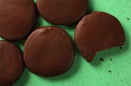 Slim Mints - DIY Girl Scout Cookies!: Fun Recipe, Thin Mint, Thinmint, Savory Recipe, Mint Cookies, Healthy Junk Food, Food Recipe, Girls Scouts Cookies, Peanut Butter Cups
