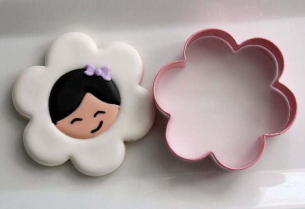Eskimo or Little Girl Cookie using Flower Cookie Cutter