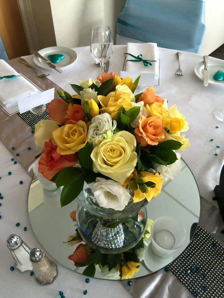 Flowers by Esther of Fleurs de Esther #simplyweddings #fleursdeesther #completeweddings