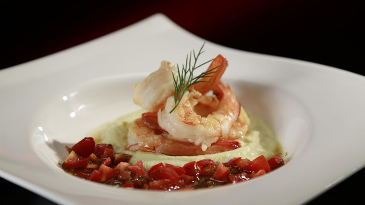 Bree and Jessica's Seared Prawns with Fennel and Leek Purée and Tomato Salsa: http://gustotv.com/recipes/lunch/seared-prawns-fennel-leek-puree-tomato-salsa/