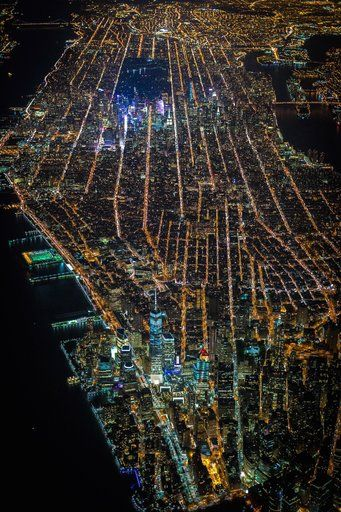 Gotham 7.5K by Vincent Laforet (Storehouse)  Beautiful nighttime aerial photography of New York City.  #NYC