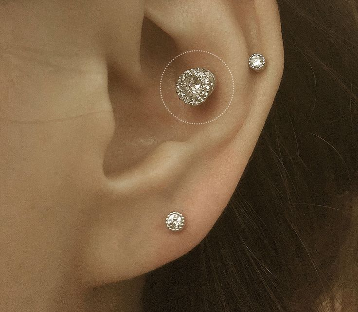 Halo CZ diamond piercing/Cartilage Earrings/Conch earrings