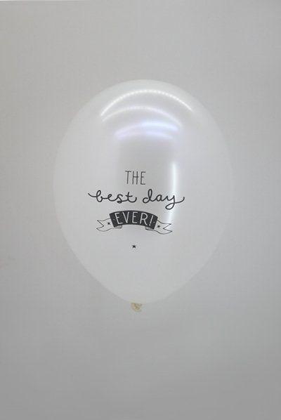 "A LITTLE LOVELY COMPANY Ballonnen ""The best day ever"""
