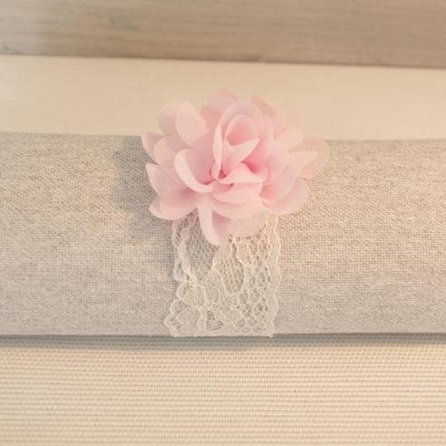 Rond de serviette dentelle fleur rose pâle - 5 pièces