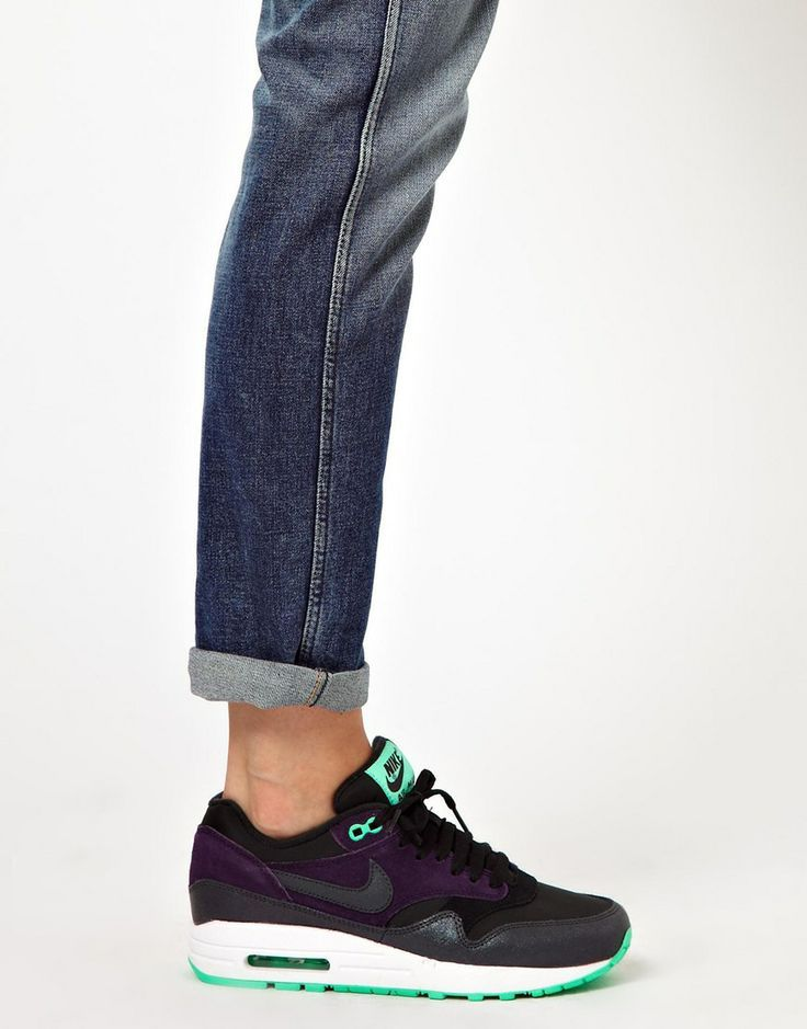 Nike Air Max 1 Essential Purple Trainers - Click Image to Close