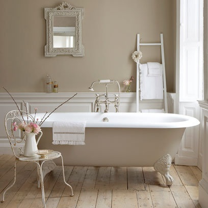 Contemporary Country Bathroom - Red Online