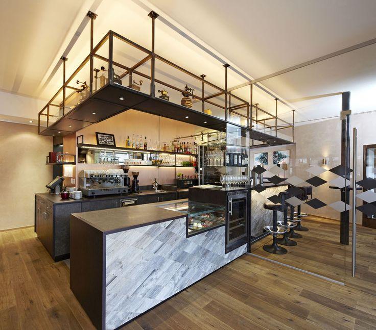 Suelos de madera natural by PAUMATS. #paumats #wood #flooring #sustainable #organic #bar #restaurant #interiordesign