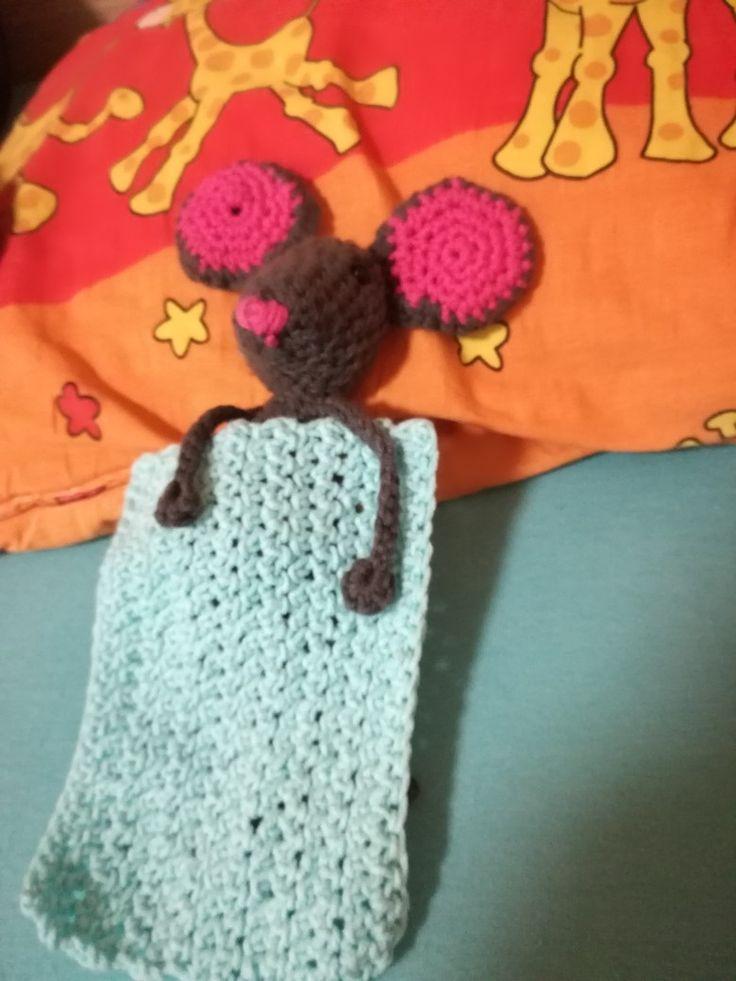 Naše myška má i peřinku  :-)