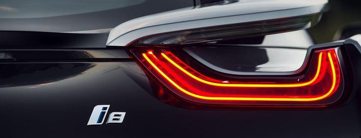 Топ 5 самых красивых задних фар BMW  Задние фары авто – это зачастую самый недооценённый элемент дизайна. Как бы ни была хороша тачка – о задних фонарях обозреватели вспоминают в самую последнюю очередь. Лично мне это не совсем понятно, ведь фонари всегда на виду.