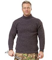 Хоккеисты Донбасса подарили Януковичу картину, клюшку и свитер (фото)