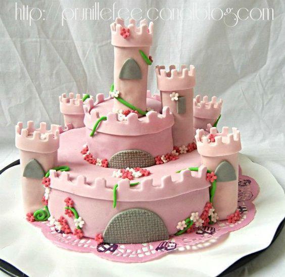Gateau chateau de princesse { pâte à sucre } { gateau 3d }
