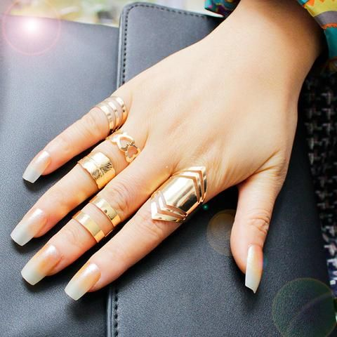 Women Gold Plated Ring Set - Very Fashionable Jewelry (5pc Set)