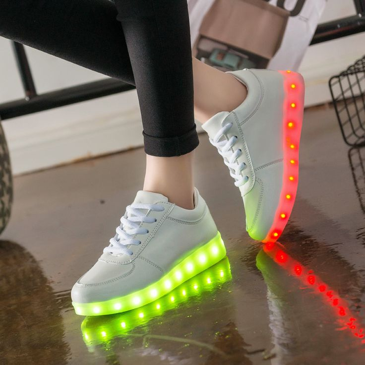 Luminous Led Neon Sneakers Light up Flashing Trainer Flasher glowing sneakers White Shoe with usb con for Boy&Girl male woman