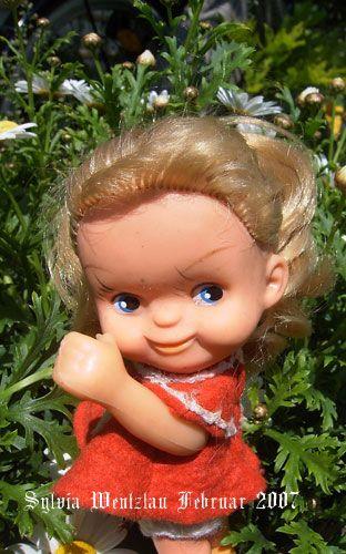 """Кукла ГДР (В России кукол этой серии называют Sсhаlkau """"копытные""""). Поиск игрушек, детских книг и настольных игр СССР -  http://doska-obyavleniy-detstva.blogspot.ru/"""