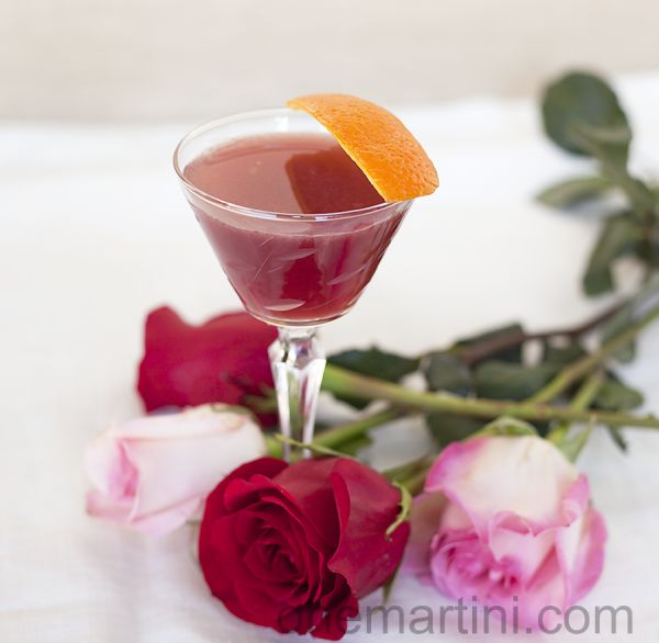 Lillet, My Love {a Gin Lillet Rouge Cocktail for Valentine's Day}