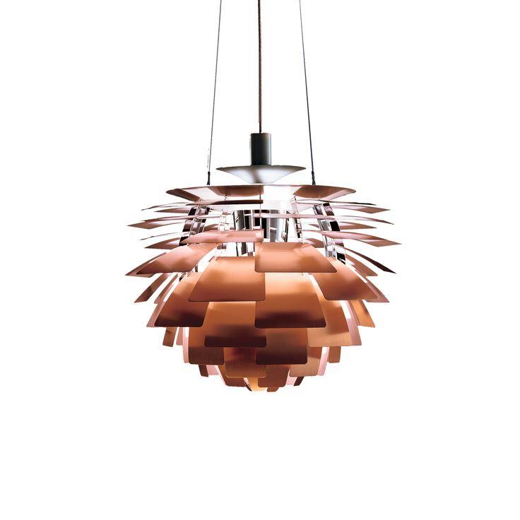 Het armatuur zorgt voor 100% schitteringsvrij licht. De 72 nauwkeurig geplaatste bladen vormen 12 unieke rijen van zes bladen elk. Ze verlichten de armatuur, maar stralen ook diffuus licht uit, waardoor er een uniek patroon ontstaat. Het armatuur zorgt voor een decoratieve en aangename verlichting. #lightbrands #ph #artichoke #hanglamp #suspension #louispoulsen #design #homedeco