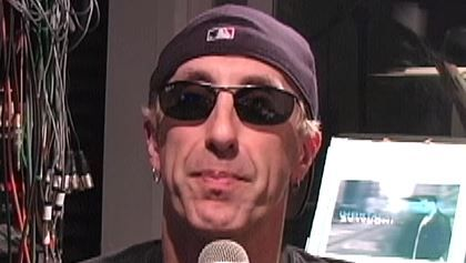"""DEE SNIDER: How LEMMY KILMISTER Saved TWISTED SISTER (Video) DEE SNIDER: How LEMMY KILMISTER Saved TWISTED SISTER (Video)  In the  Artisan News  clip below  TWISTED SISTER  frontman  Dee Snider  reveals how  Lemmy Kilmister  from  MOTÖRHEAD  played a crucial role in helping  TWISTED SISTER  break through in the U.K.             Snider  recalls how in July 1982  TWISTED SISTER  was offered the """"special guest"""" slot on a bill at a heavy metal festival headlined by  MOTÖRHEAD  at a soccer…"""