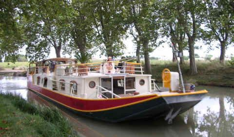 Péniche « La Baïsa » bed and breakfast #canal du Midi #France