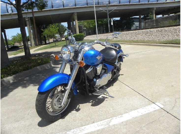 Search Used ‪#‎Kawasaki‬ 2009 Vn900 ‪#‎Cruiser_Motorcycles‬ available for sale by Re-Cycle Sales for $ 4795 in Dallas, TX, USA. This used Cruiser Motorcycle available in good condition and runs well as sport bike. Equipped with an excellent Cobra exhaust system. water cooled. In my opinion one of the best cruisers around. Great condition. Runs, rides, and sounds super! Clean clear title on all of our bikes. If you want to see more details, then click to log on at: http://goo.gl/FMAhDU