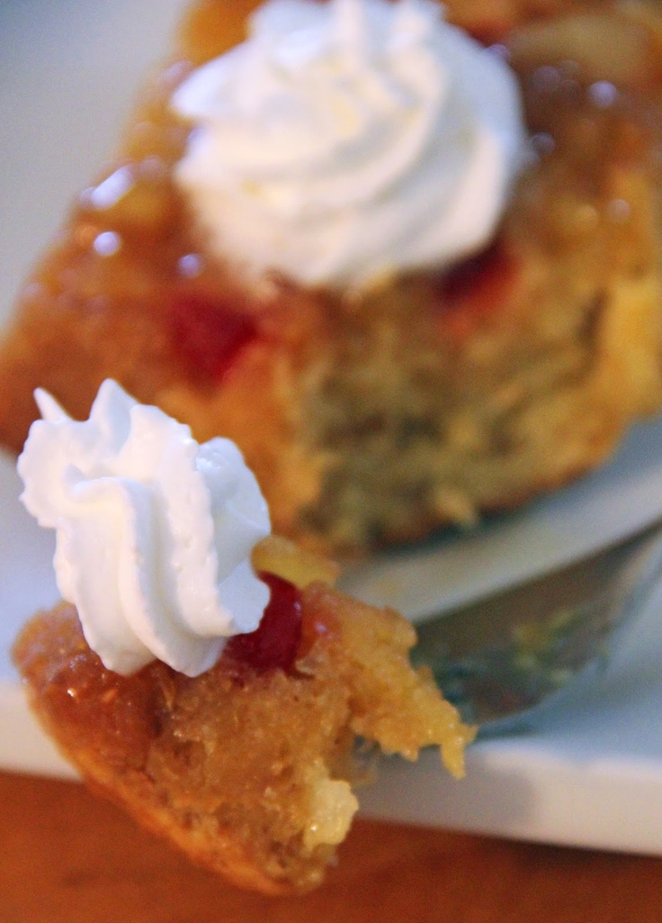 Single Serving Pineapple Upside Down Cake - easy peasy! Ready in about 15 - 20 minutes.