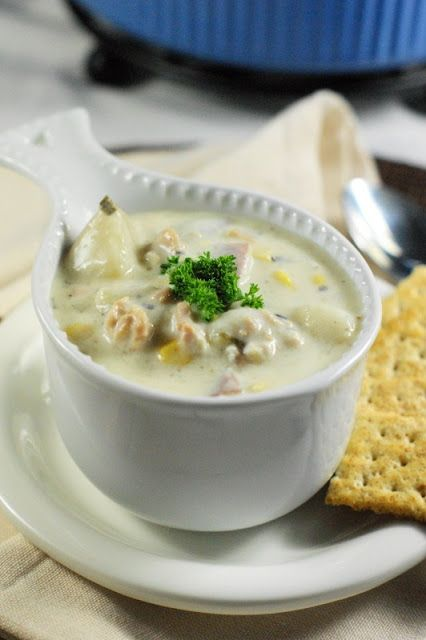 Slow-Cooker Clam Chowder ... with an unexpected ingredient for extra creaminess & flavor!   www.thekitchenismyplayground.com  #clamchowder #slowcooker