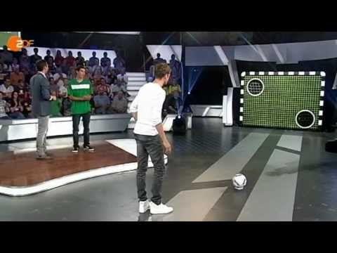 #aktuelle #auch #Bayern #bierglas #Bundesliga #das #fc #fcb #Fußball #Fussball #Mueller #Müller #München #schießen #sich #sport #sportstudio #thomas #torwand #Torwandschießen #traut #vom #zdf Torwand: Thomas Müller traut sich auch vom Bierglas
