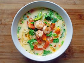 Cooking Weekends: Coconut Soup with Kelp Noodles & Shrimp