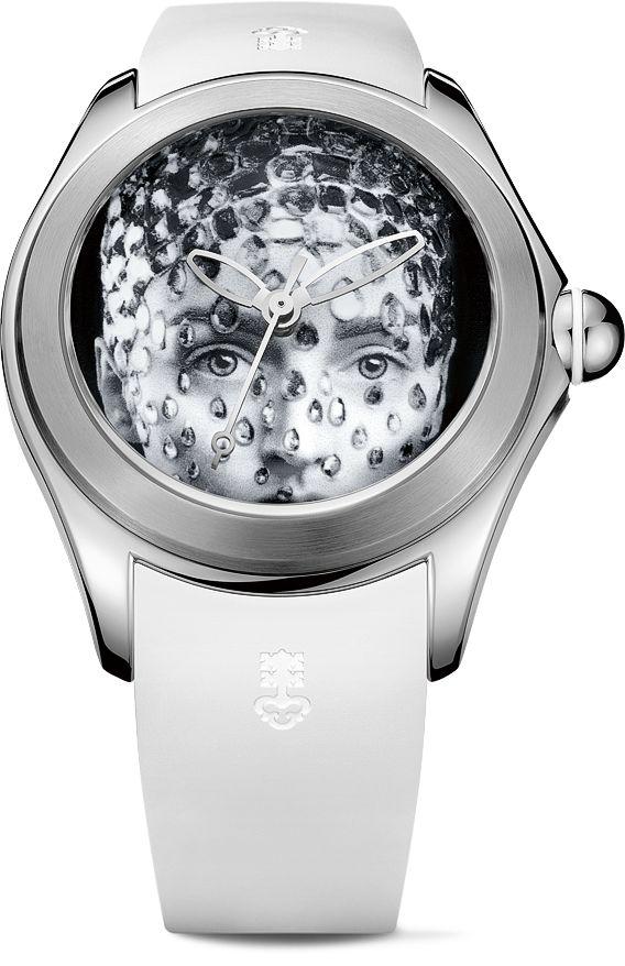 La Cote des Montres : La montre Corum Bubble 42 Juliette Jourdain - La Bubble à la perle
