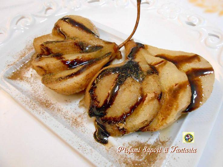 Dessert di pere cotte al marsala e cannella