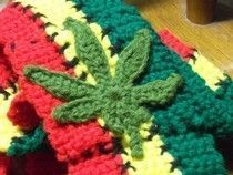 Crochet Pot Leaf
