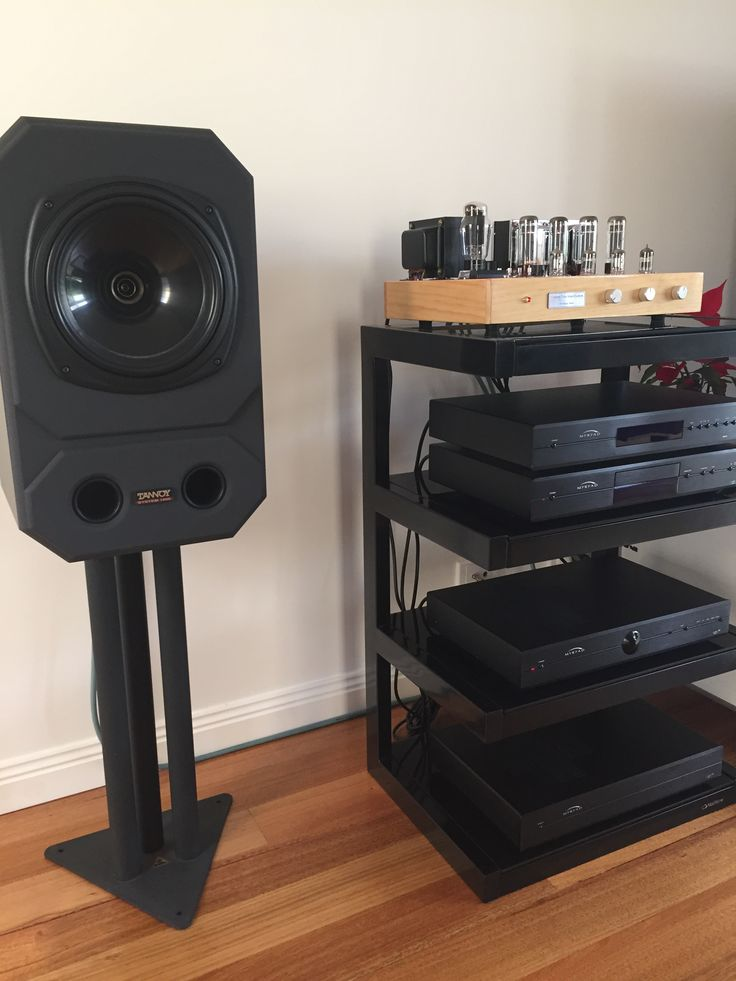 TANNOY System 1000 with a Custom made valve amp. The biggest valve to the left was made in Australia in the 60's.