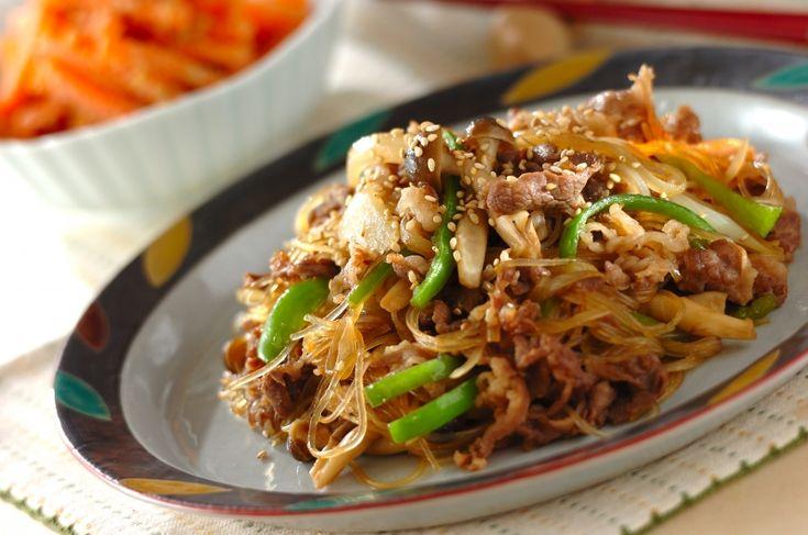牛肉と春雨に予め下味をつけておきましょう!牛肉の甘辛炒め[中華/炒めもの]2017.02.13公開のレシピです。