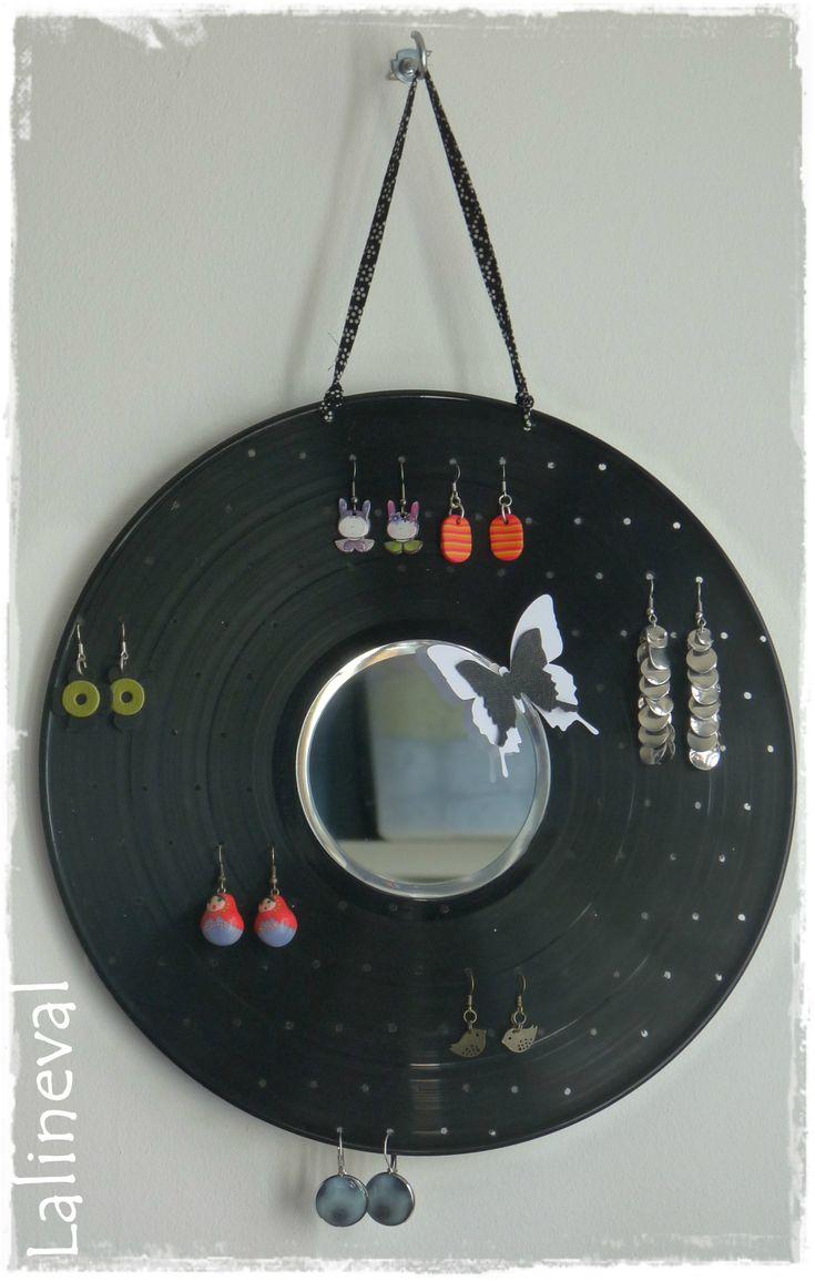 DIY Récup : Disque vinyle détourné en présentoir de Boucles d'oreilles