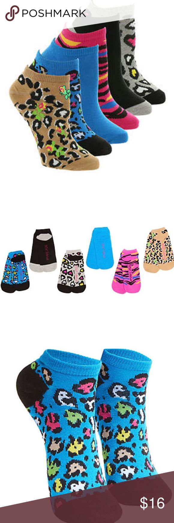 Betsey Johnson Wild Kingdom Low-Cut 6 Pack Socks Show off your wild side with this dynamic set of animal print socks. Their bold colors paired with wildcat prints are a perfect match.  Set of six Low cut silhouette Wildcat prints Knit Polyester/spandex Betsey Johnson Accessories Hosiery & Socks