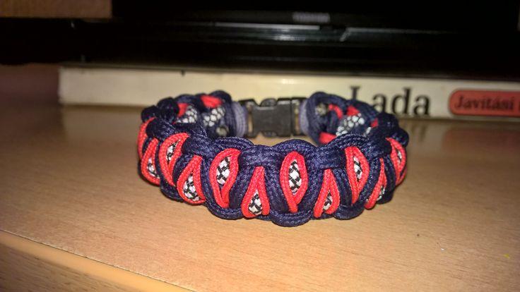 Paracord Bracelet Stitched Solomon's Dragon