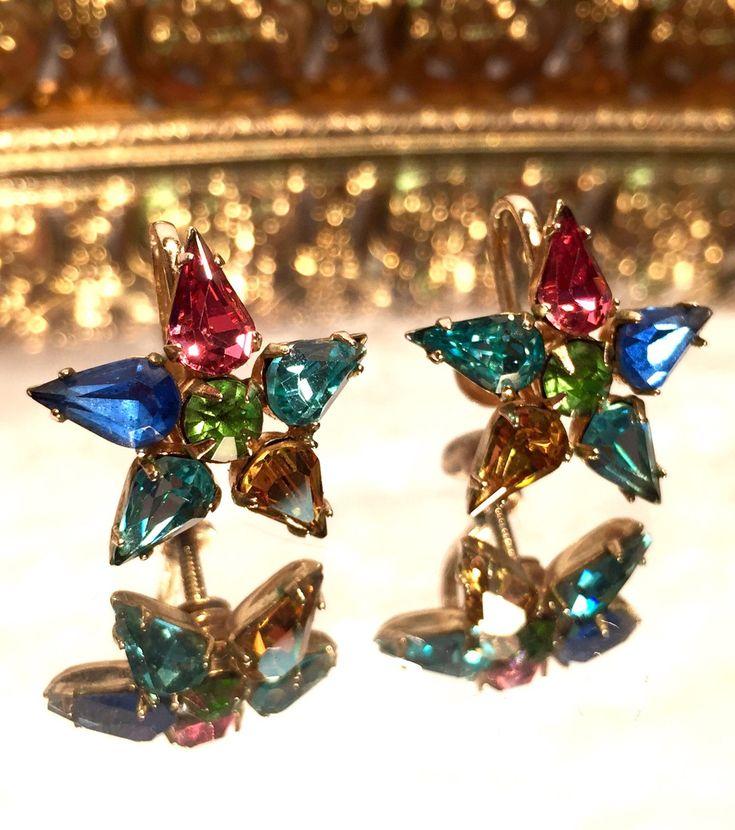 Vintage Coro Rhinestone Star Screw Back Earrings http://etsy.me/2nOHDki #jewelry #earrings #screwbackearrings #retroearrings #holidayearrings #starearrings #antiqueearrings #madmen #1950s #coro #etsy #vintagejewelry