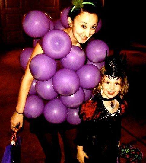 A Bunch of Grapes | 27 Simple Costumes You Can Totally Make The Day Before Halloween