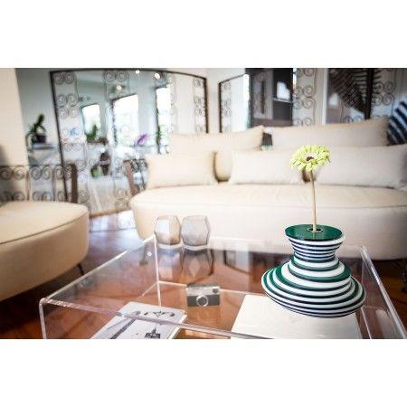Lady Clay #acrylic #flowerpot #pot  Vaso moderno in plexiglass #vaso #design #plexiglass #designtrasparente #lucite #minimal #modern