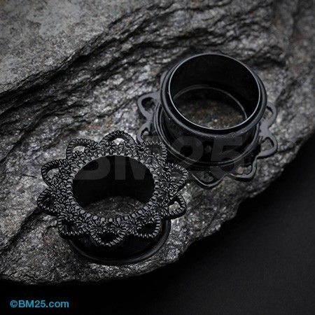 A Pair of Blackline Verdant Filigree Single Flared Ear Gauge Tunnel Plug