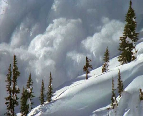 Catastrophes Naturelles: Avalanche - Frawsy