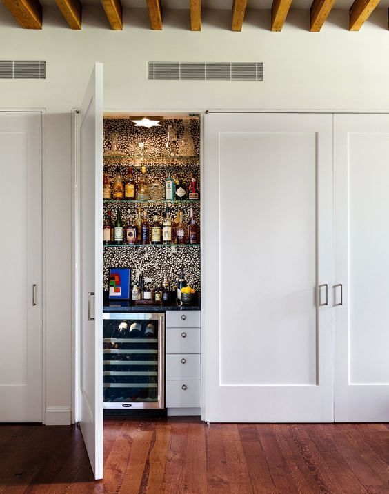 https://i.pinimg.com/736x/38/1c/0f/381c0f3d618b3df6fda3f16a02955ec5--closet-bar-closet-doors.jpg