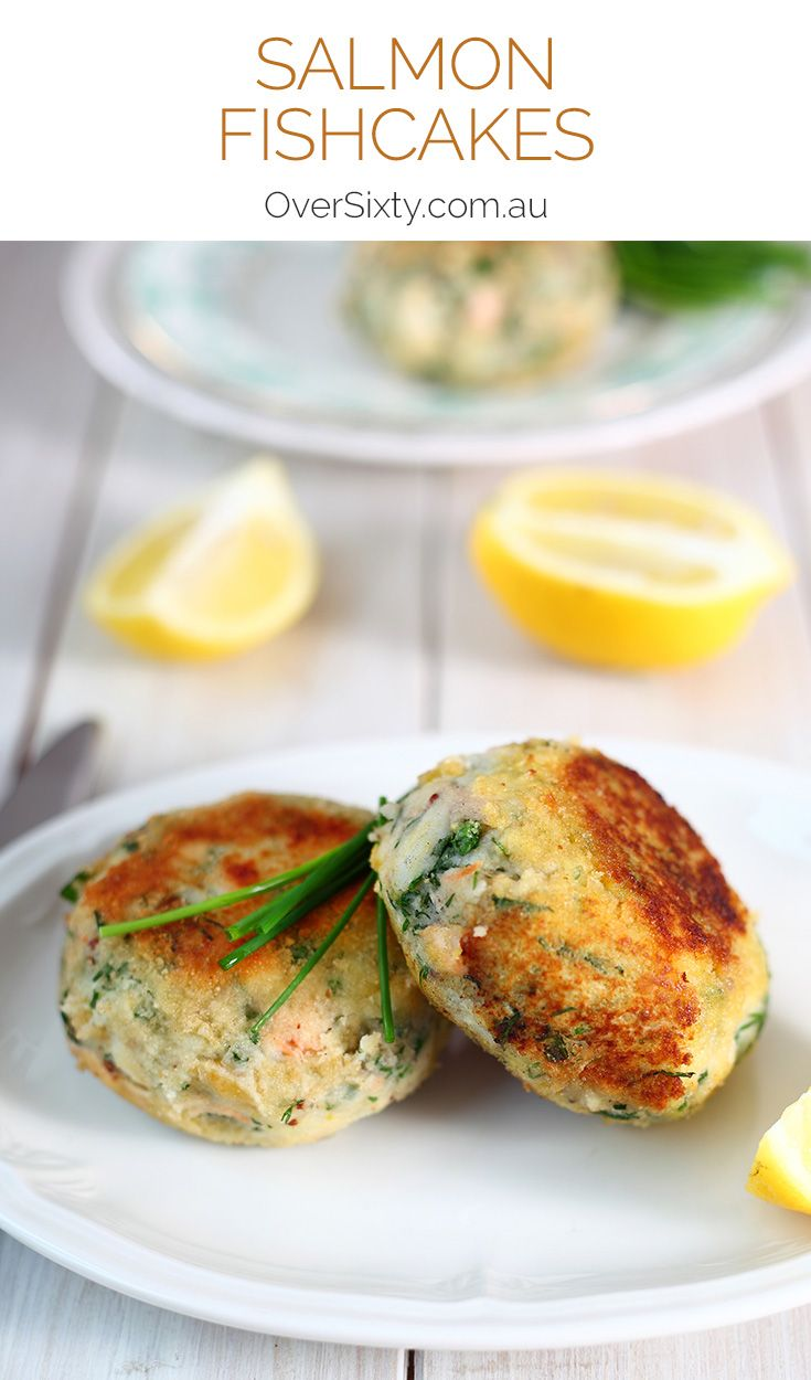 Salmon Fishcakes Recipe - these fishcakes are healthy, delicious, and freezable for a speedy dinner idea.