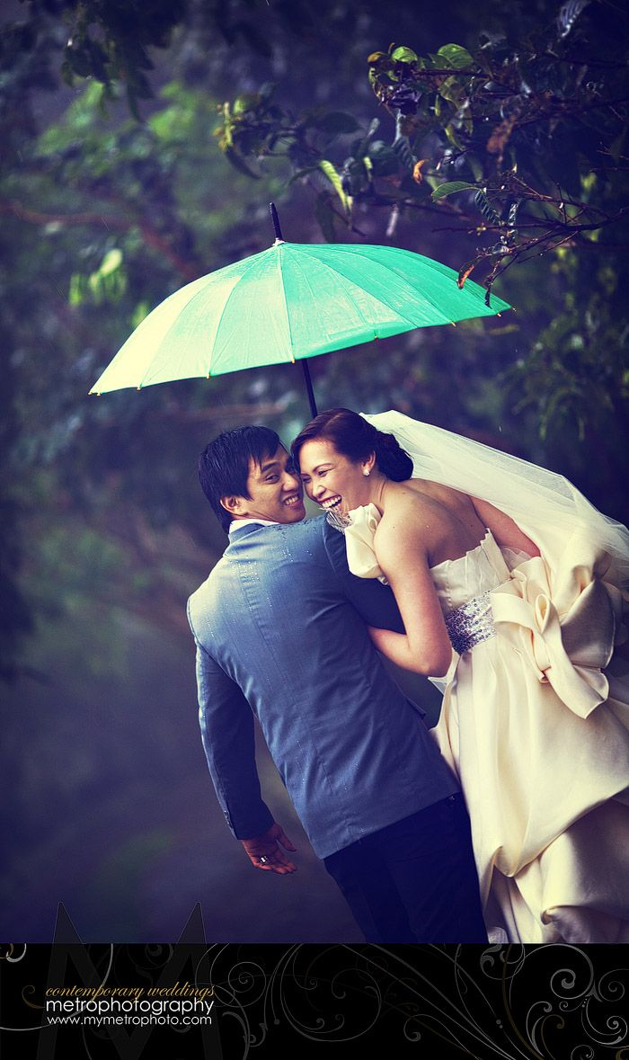 In preparation for potential rain on tomorrow's wedding day...we make pretty pics no matter the weather!