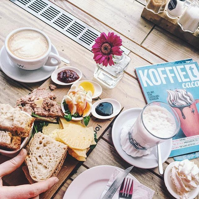 De lunch proeverij is altijd een goed idee! (: @sannevanrij) #hooi #utrecht #lunch #goodfood #coffee #weekend #instamood