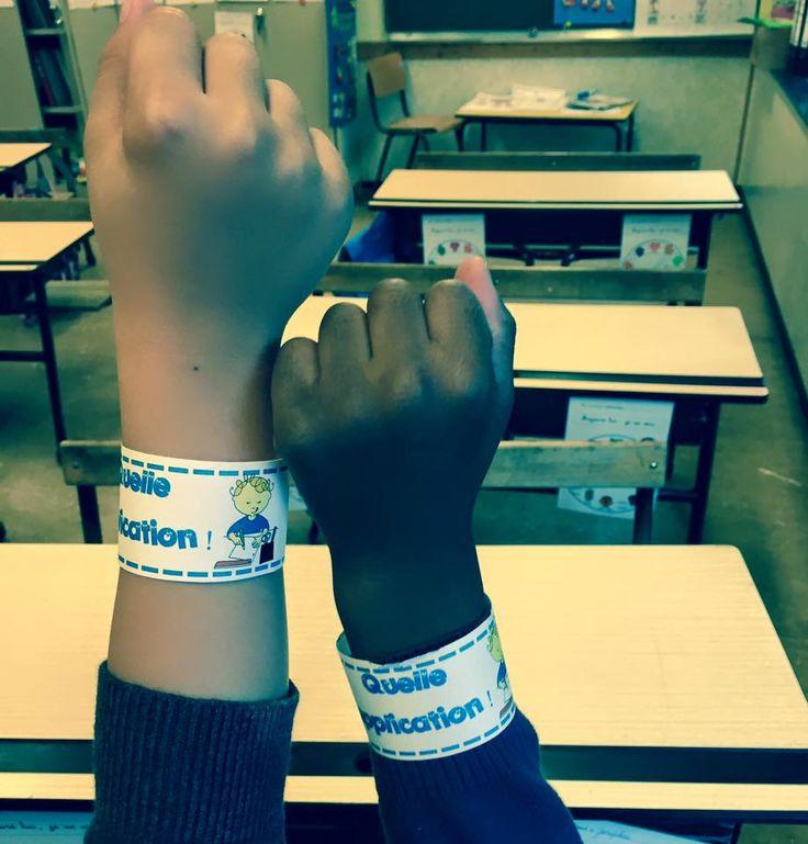 """Les bracelets de compliments! Un petit renforcement positif à mettre au poignet. Un peu de colle ou de papier collant suffit! émoticône smile Ilustrés avec les dessins de Marianne Parmentier (www.crayaction.be) (Sauf celui """"Quel(le) artiste !"""")"""