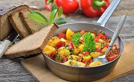 Basisches Kartoffelgulasch