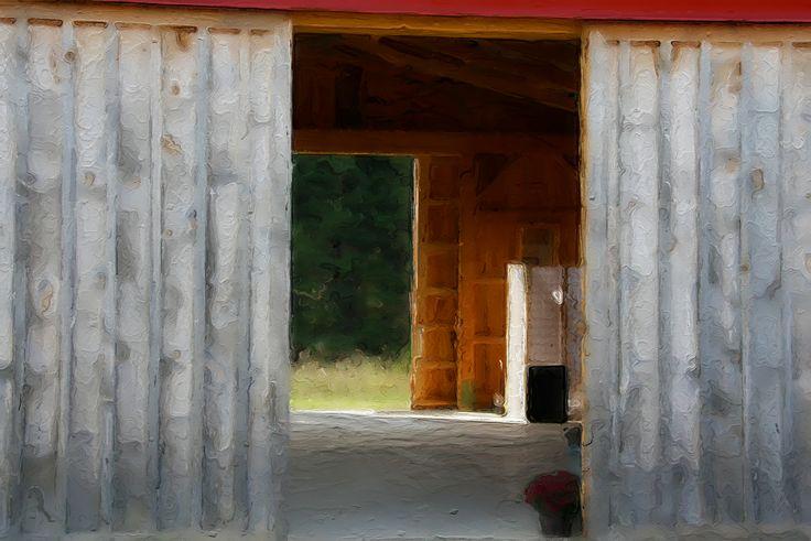 Sarana Springs Barn - Owen Sound, Ontario, Canada ©NoticePictures