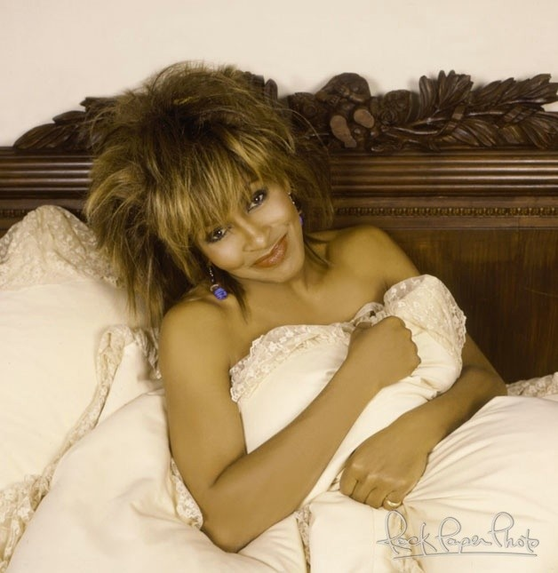 Tina Turner by Aaron Rapoport. In bed with Tina.
