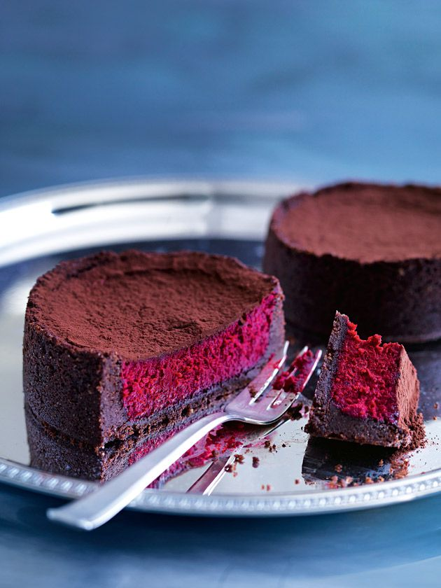 red velvet cheesecakes from donna hay